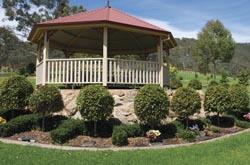 rotunda garden at Glenmorus Gardens
