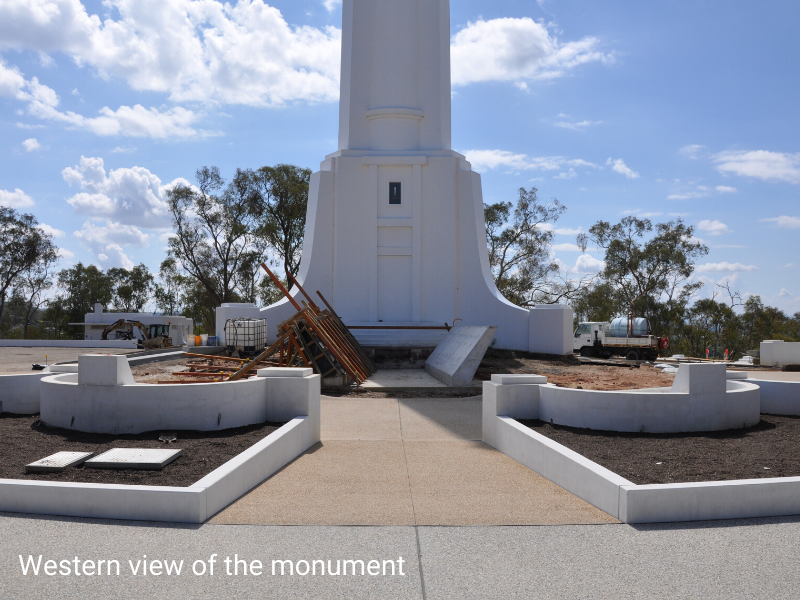 Monument 06-03a